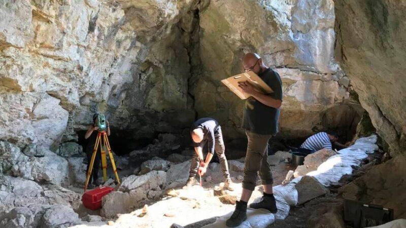 Arheolozi pronašli ljudske ostatke iz mezolita u pećini kod Nikšića