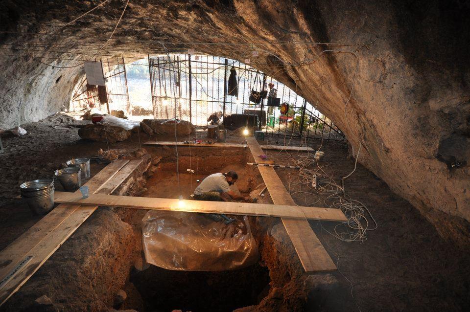 Arheološka istraživanja u pećini Golema Pešt u Severnoj Makedoniji-artefakti stari 85, 000 godina