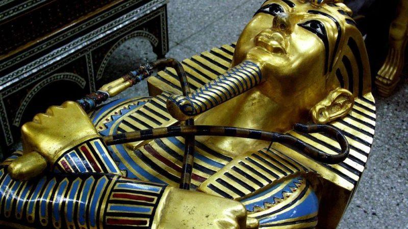 Egipatski predmeti u muzejima u Srbiji