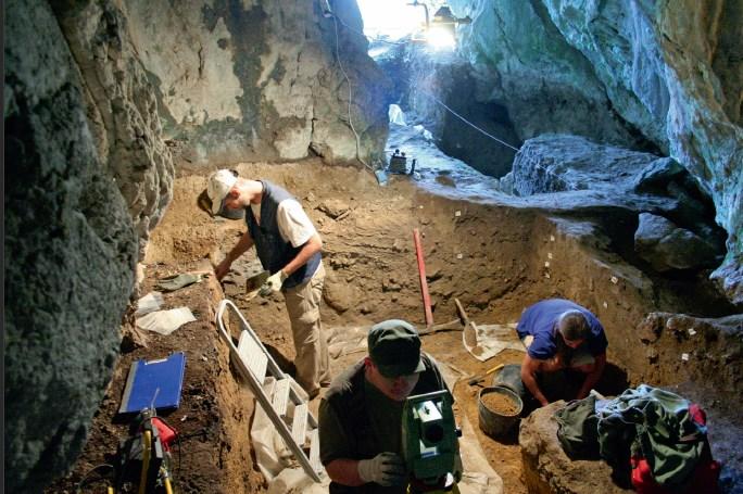 Pećina iznad Trajanove table na Đerdapu-stanište neandertalaca i modernih ljudi